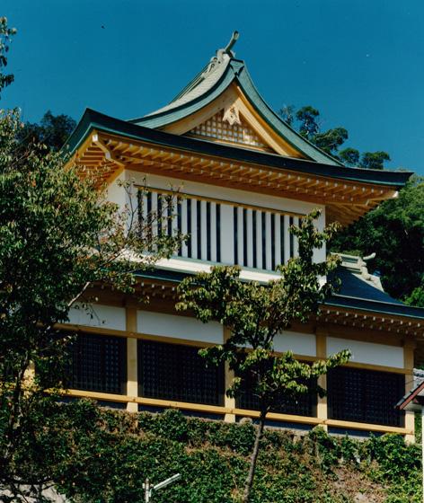 鎮西大社諏訪神社(昼バージョン)/shrine (daytime)